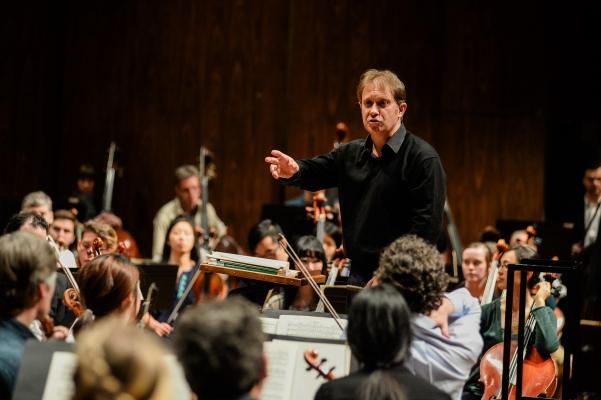 UW Symphony and Seattle Symphony perform side by side on Jan 26 (photo: Jerome Tso).