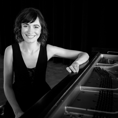 Pianist Cristina Valdes (Photo: Monica Frisell)