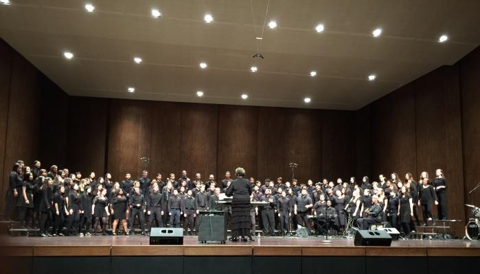 Phylis Byrdwell leads the UW Gospel Choir.
