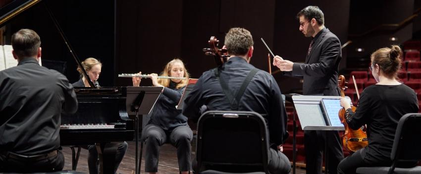 Modern Music Ensemble (Photo: Steve Korn).