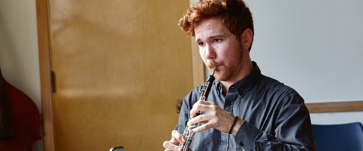 Logan Esterling plays the oboe (photo: Steve Korn)