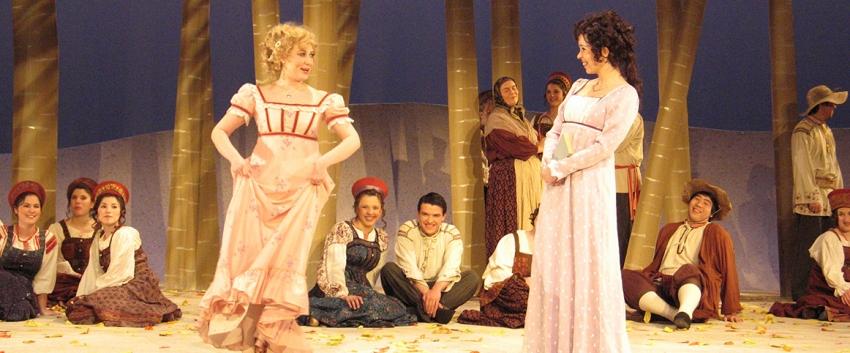 Opera singers on stage