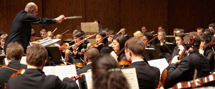 David A. Rahbee conducts the UW Symphony