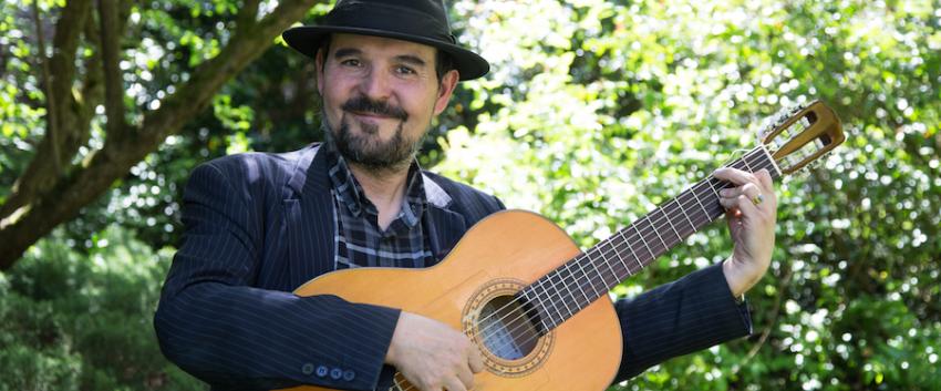 Ricardo Garcia, flamenco guitar
