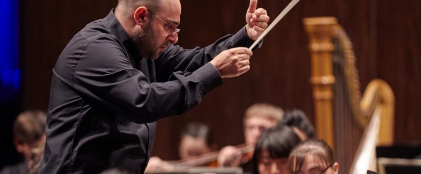 UW Symphony director David Alexander Rahbee (photo: Steve Korn)