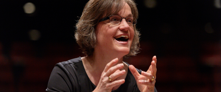UW Women's Choir, Brenda Mohr conductor (photo: Steve Korn)