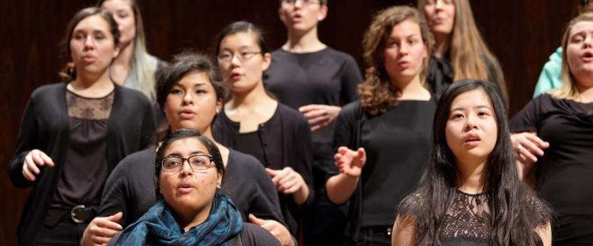 UW Women's Choir (photo: Steve Korn)