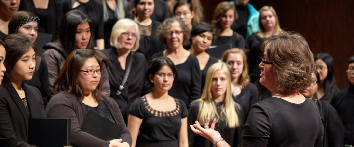 UW Women's Choir (photo: Steve Korn)