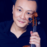 Guest violinist Yuan Fang of the China Conservatory