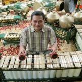 Gamelan musician Heri Purwanto is the Spring Quarter Ethnomusicology Visiting Artist.