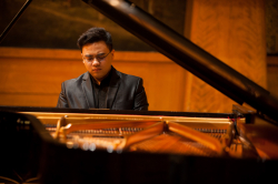 Tong Liu