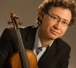 Alexander Velinzon, concertmaster of the Seattle Symphony, leads a masterclass at UW on Oct. 30.
