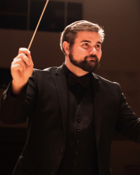 DMA conducting student Corey Jahlas