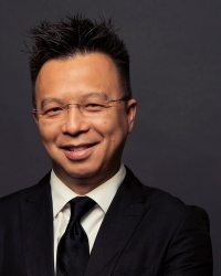 UW Music DMA conducting student Mark Tse was awarded a 2015 American Prize.